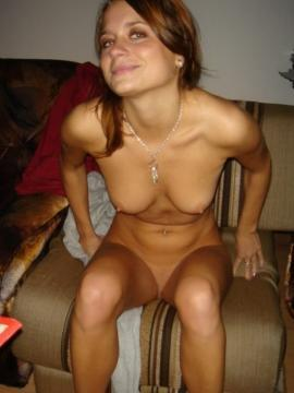 Pretty brunette GF takes nude pics at home