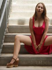 Zuzanna Miros shows off her sexy body in a red dress